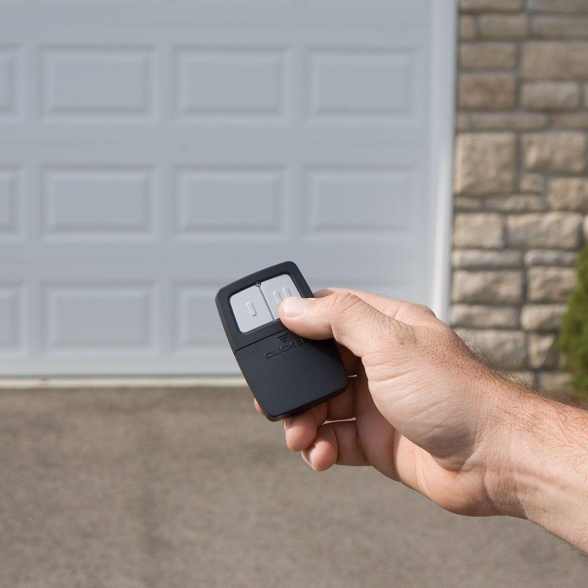 19 Reasons Your Garage Door Wont Open Or Close Garage Door Pertaining To How To Garage Door Opener Remote Automatic Garage Door Opener Chamberlain Garage Door
