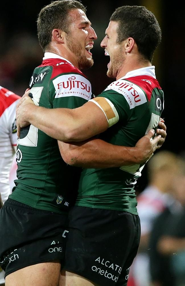 The Oldest Of The Burgess Brothers Luke Right Has A Battle To Keep His Spot In Souths Rugby Men Rugby Players Soccer Boys