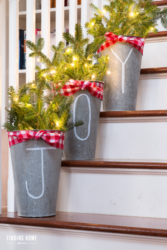 chalk pen galvanized buckets christmas home diy christmas room decor stairway christmas decorating - How To Decorate Outdoor Stairs For Christmas