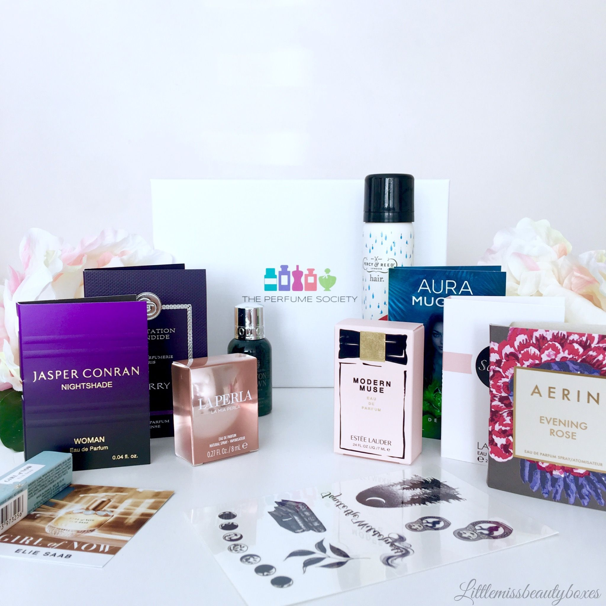 This is @Perfume_Society box which is packed full of full sized perfumes and samples.... Im loving it so much 😍