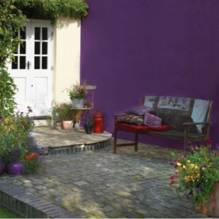 Sandtex Feature Wall Purple Frenzy Smooth Masonry Paint 2 5l Image 3