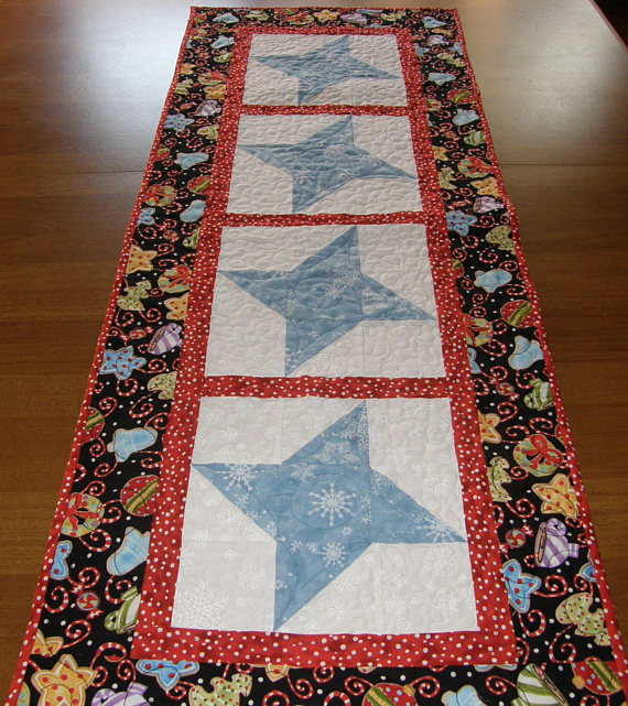 Blue White Christmas Quilted Table Runner Christmas Table ... : patchwork quilt chords - Adamdwight.com