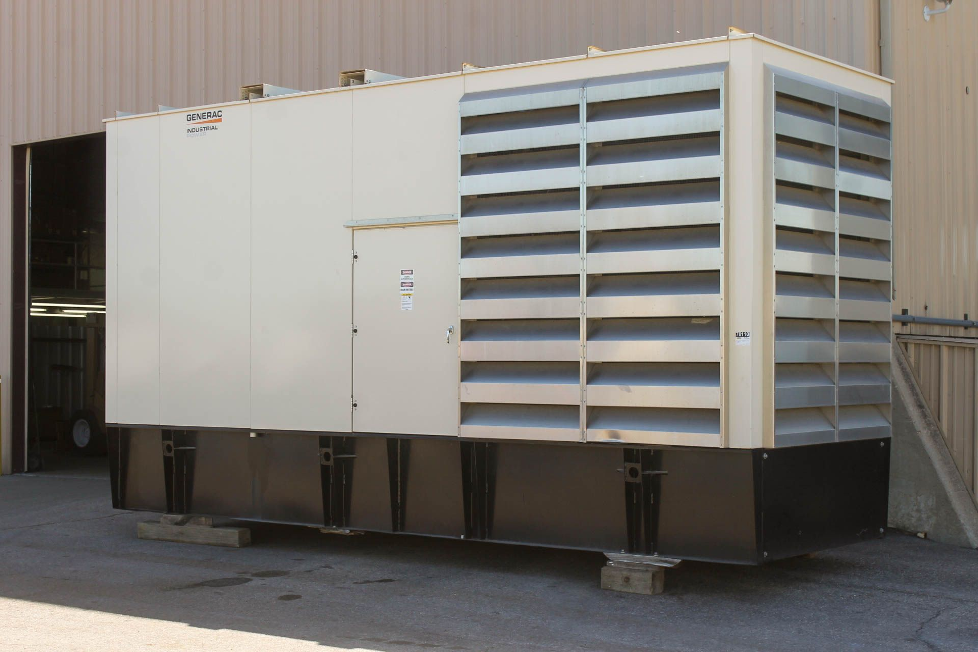 Kohler 750 kW DieselGenerator with full enclosure