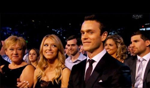 Wives And Girlfriends Of Nhl Players Andree Gilbert Lindsey Veccione Jonathan Toews Nhl Players Wife And Girlfriend Hockey Wife