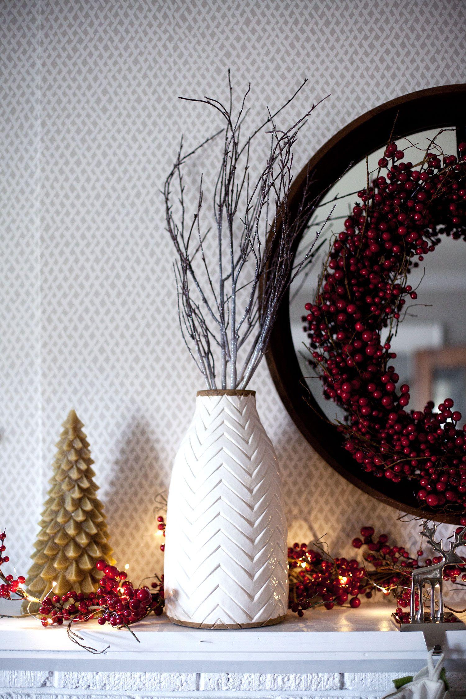christmas mantel decor 3 ways christmas mantel decor mantels
