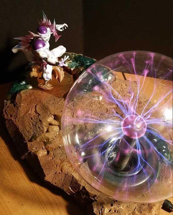 Frieza Plasma Ball Lamp