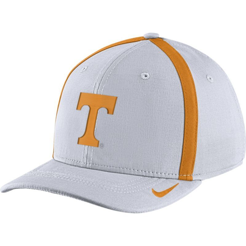7051a427c7a Nike Men s Tennessee Volunteers White Aerobill Swoosh Flex Classic99  Football Sideline Hat