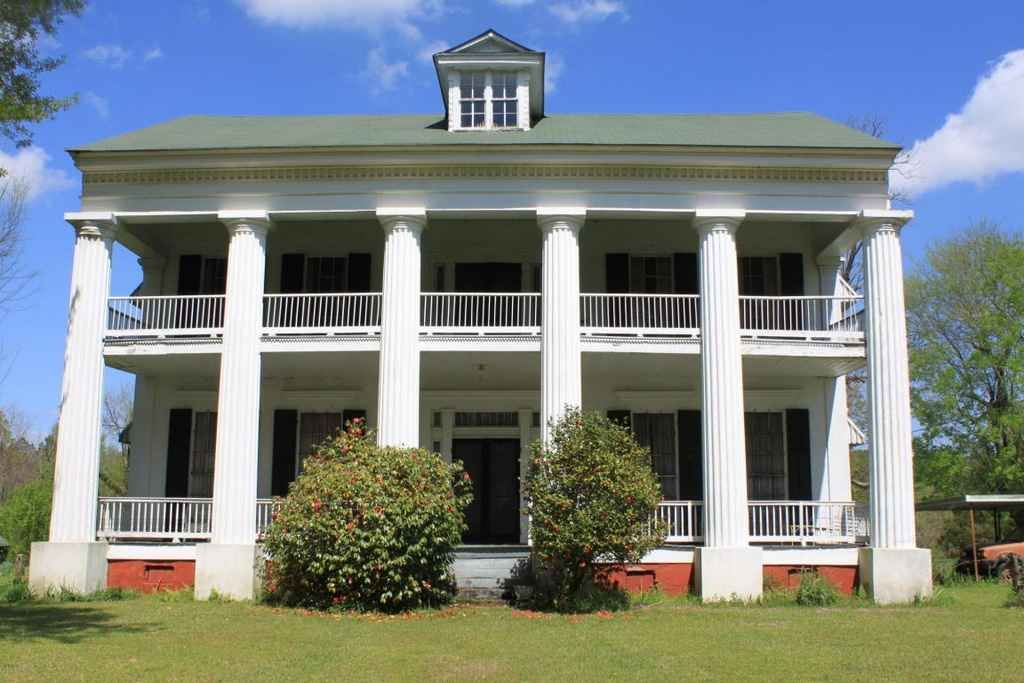 Langsdale plantation c 1855 greek revival shubuta for Home builders in south ms