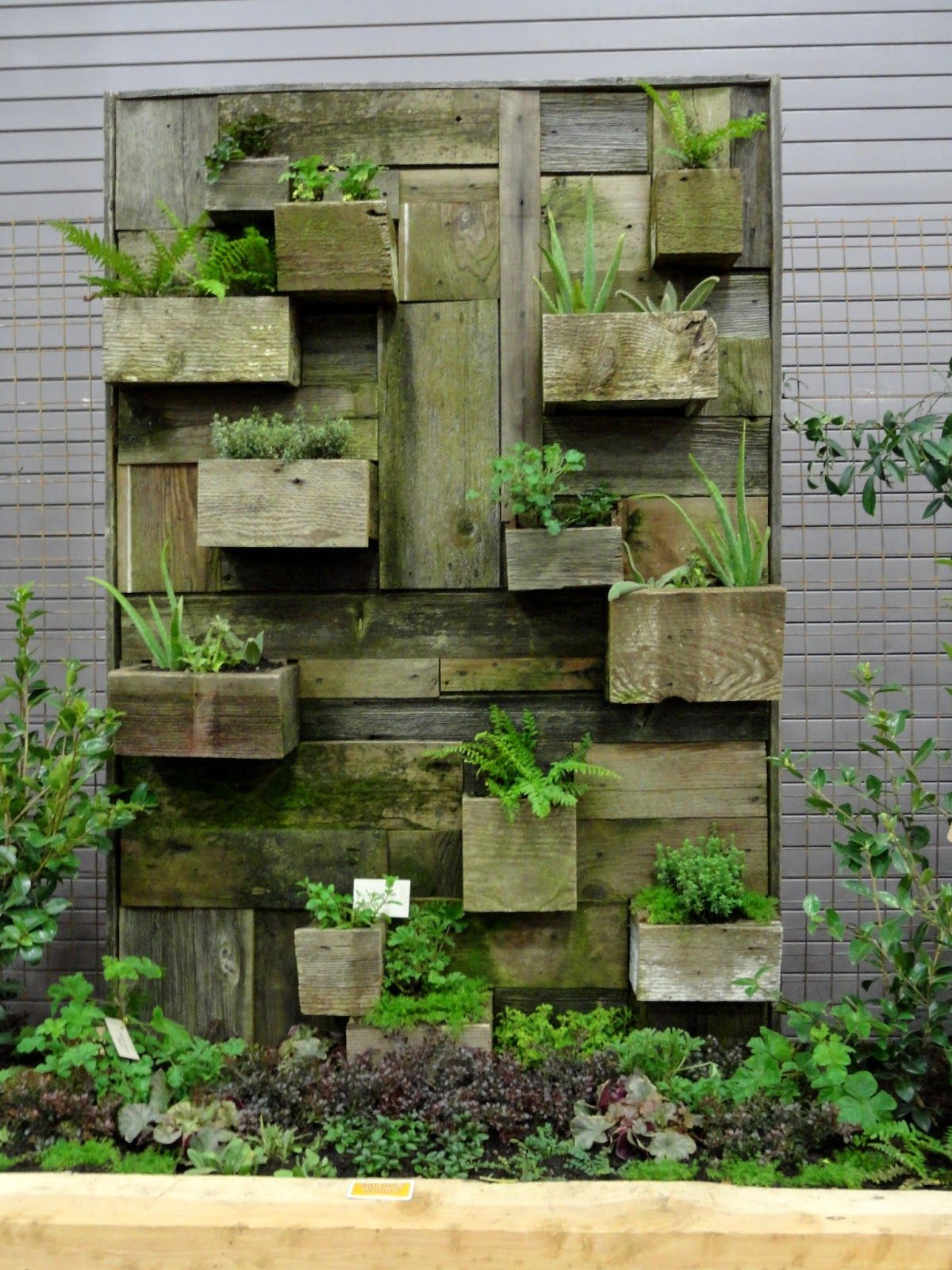 Reclaimed wood planter would be lovely inside or out for Outdoor wall planter ideas