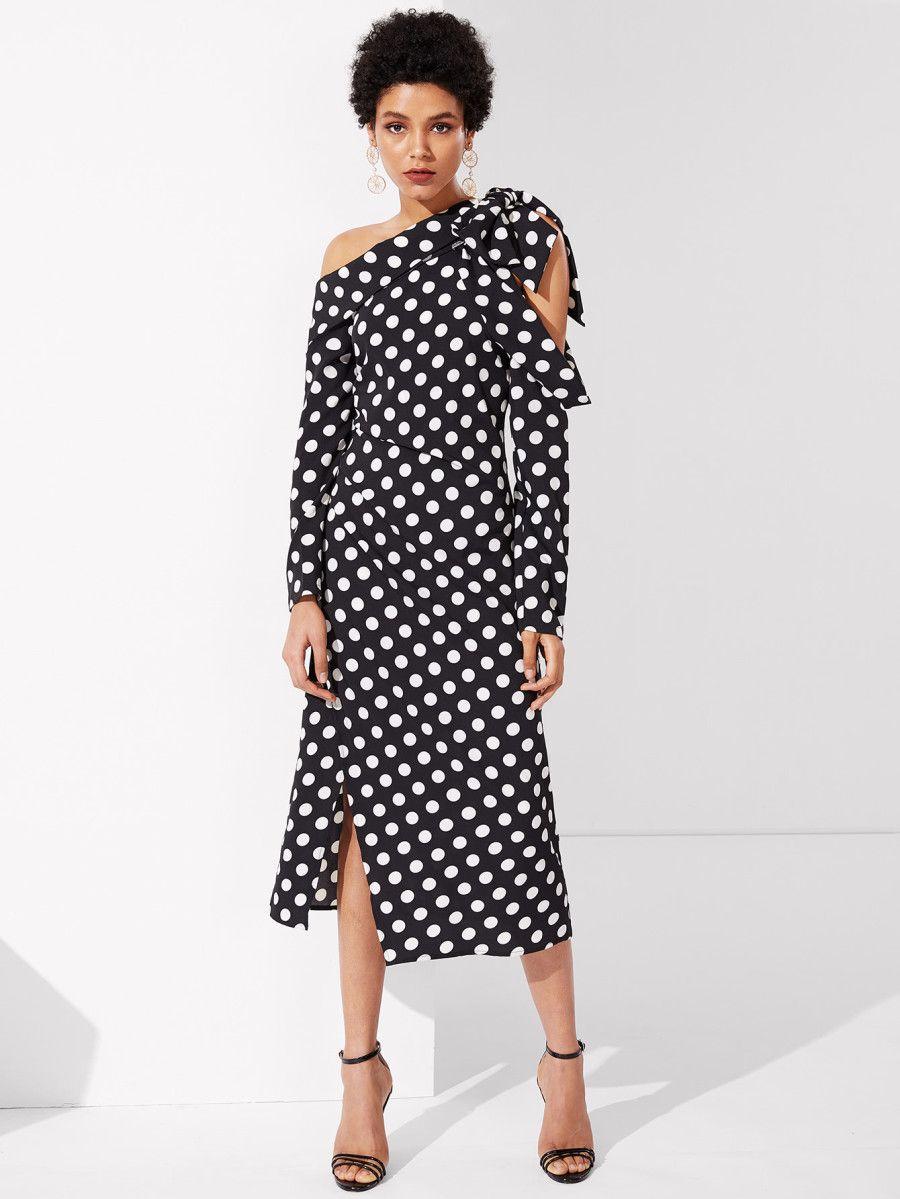 1f83a3c4ae SheIn offers Foldover Knot Asymmetric Shoulder Polka Dot Dress & more to  fit your fashionable needs. Feest Polka Dot Knoop Zwart en Wit Jurken