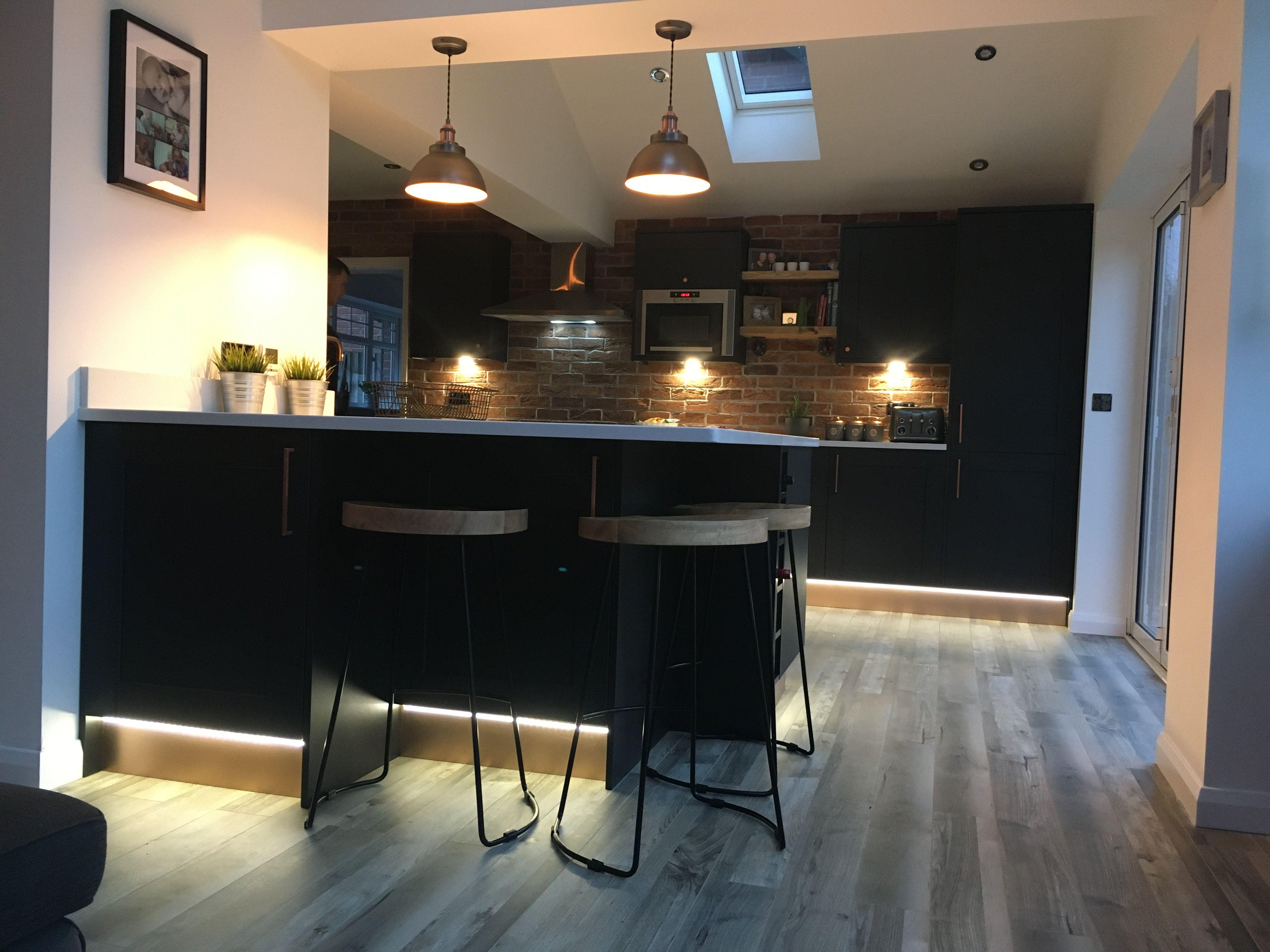 Brick slips UK in 2020 Howdens kitchens, New kitchen