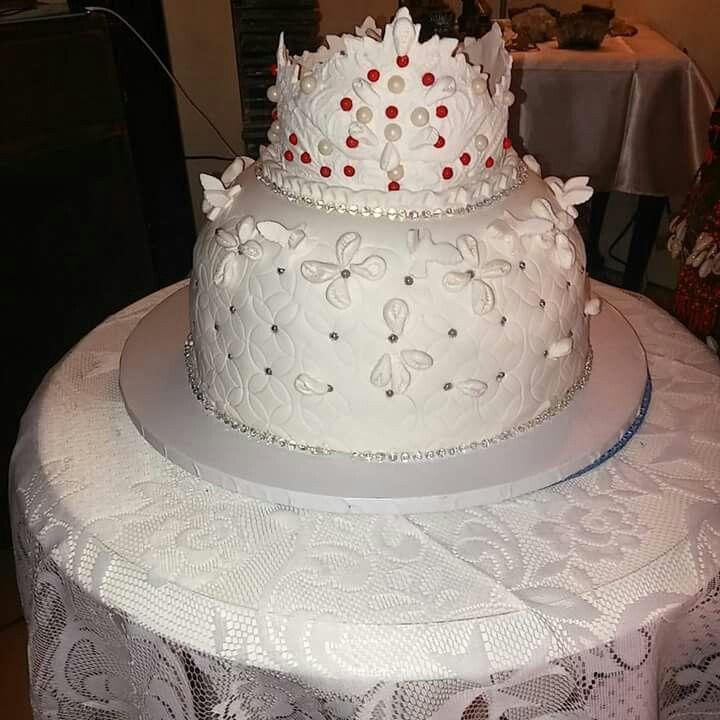Cake hecho por Roberto Cartaya  Intagram-(@Robert_029)  Facebook-(Roberto Cartaya) Obbatala lo Bendiga con todo lo que tu deses obtener. Sobre todo con mucha salud. Abrazos
