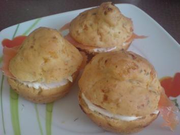 """Muffins, herzhaft """"Hüttenkäse"""" mit Frischkäse-Räucherlachs-Füllung - Rezept"""