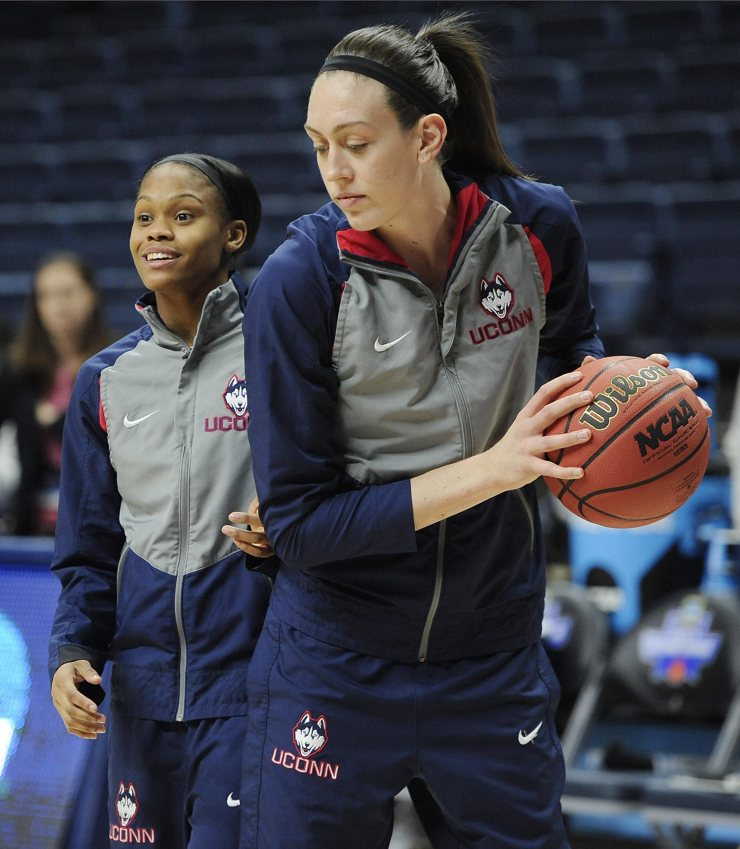 Breanna Stewart, Moriah Jefferson became highest-scoring UConn classmates in postseason history - Breanna Stewart was the unquestioned No. 1 player in the country heading into college, while Moriah Jefferson was rated as the second-best player and top guard. When they both arrived at UConn, there was a feeling that some special things were in their future. Read more: http://www.norwichbulletin.com/sports/20160323/breanna-stewart-moriah-jefferson-became-highest-scoring-uconn-classmates-in-postsea