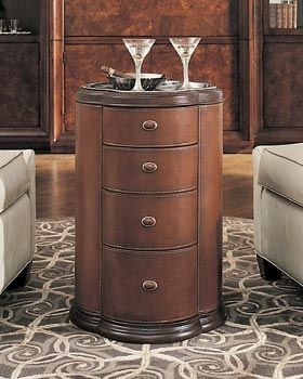 Thomasville Furniture Bogart Collection Chesterfield Accent Table
