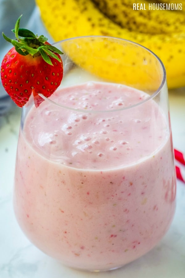 This healthy Strawberry Banana Smoothie is made with fresh fruit, yogurt for protein, and a little juice. Smooth, creamy & perfect for breakfast or a snack! #healthystrawberrybananasmoothie This healthy Strawberry Banana Smoothie is made with fresh fruit, yogurt for protein, and a little juice. Smooth, creamy & perfect for breakfast or a snack! #healthystrawberrybananasmoothie This healthy Strawberry Banana Smoothie is made with fresh fruit, yogurt for protein, and a little juice. Smooth, creamy #healthystrawberrybananasmoothie