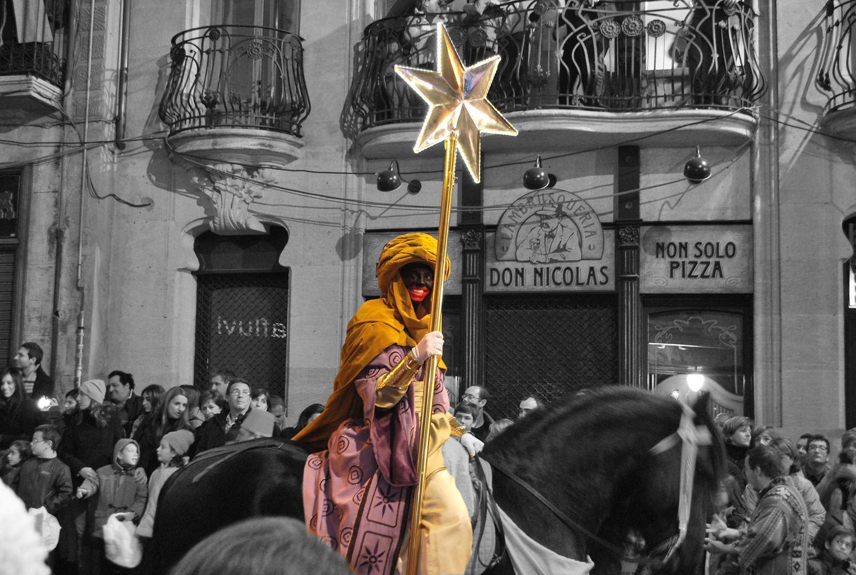 Guía con las Mejores Cabalgatas de Reyes Magos de 2015 Horarios, recorridos y datos curiosos.
