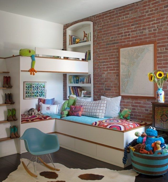 Kinderzimmer Farben Ideen Weiß Tapete Backsteinwand Optik