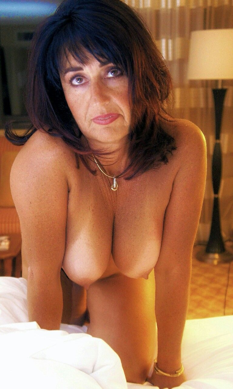 Milf wife blowjob gallery