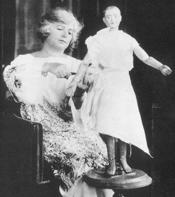 """Madeleine Vionnet (1876 - 1975) was a French fashion designer. she was called as """"queen of the bias cut"""" or the """"architect of dressmaker. Vionnet's designs showed the natural shape of women."""