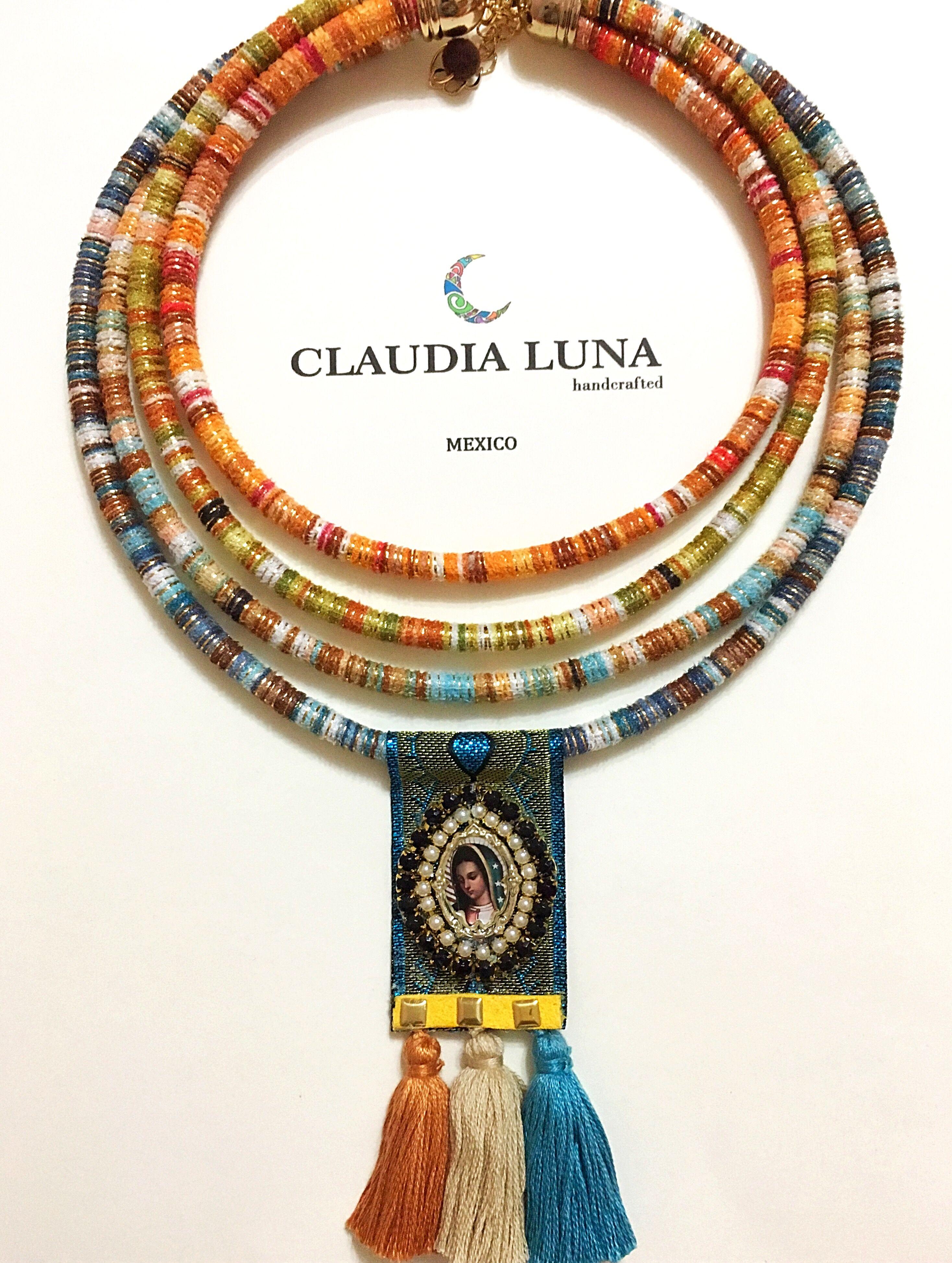 fb288451c9ed Collar cordón etnico con escapulario y motas. Diseño mexicano ...