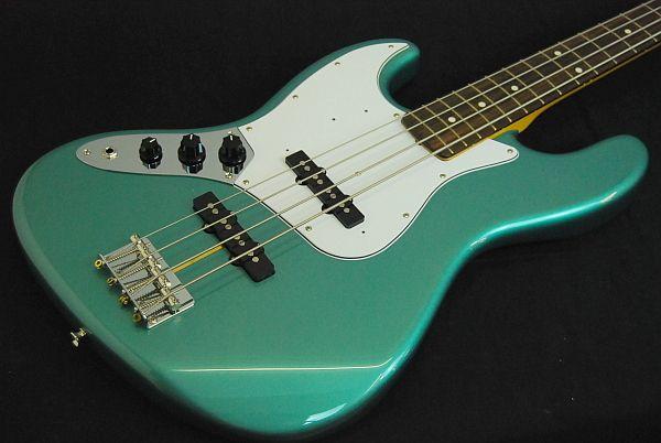 62 Reissue Jazz Bass