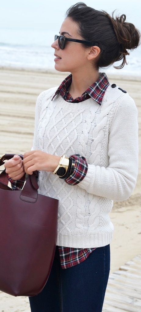 cb3f12f610c0f This merlot handbag is SO fly paired with a cable-knit, neutral sweater and  matching plaid! Stylish Classic Business Casual Women. White Sweater ...