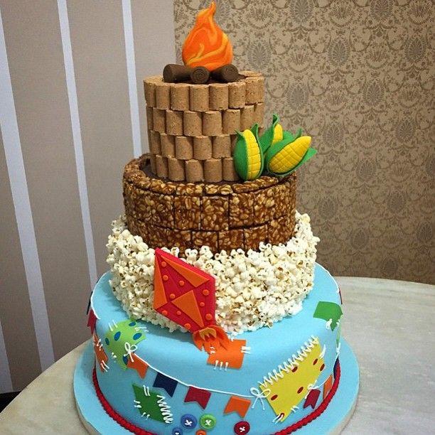 Enfeite De Torta ~ Bolo da mesa principal! Bello u00b4s Festa Junina Pinterest Mesa principal, Principais e Bolo