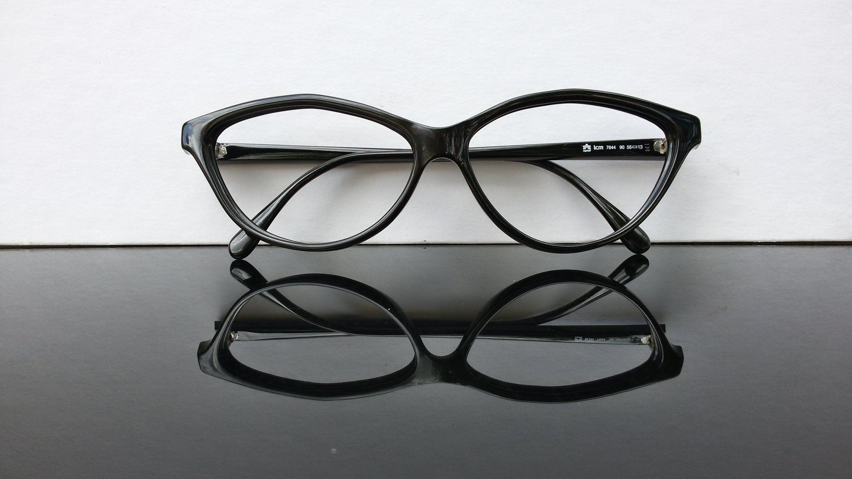 e568f5e5d02f9 €40 A black colored cat eye shape frame by Esprit with original case. Made