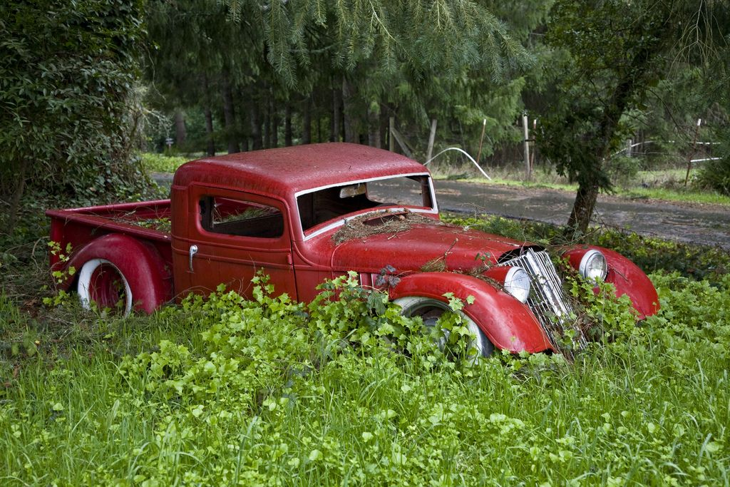 Old Hotrod | Abandoned cars, Find picture and Barn finds
