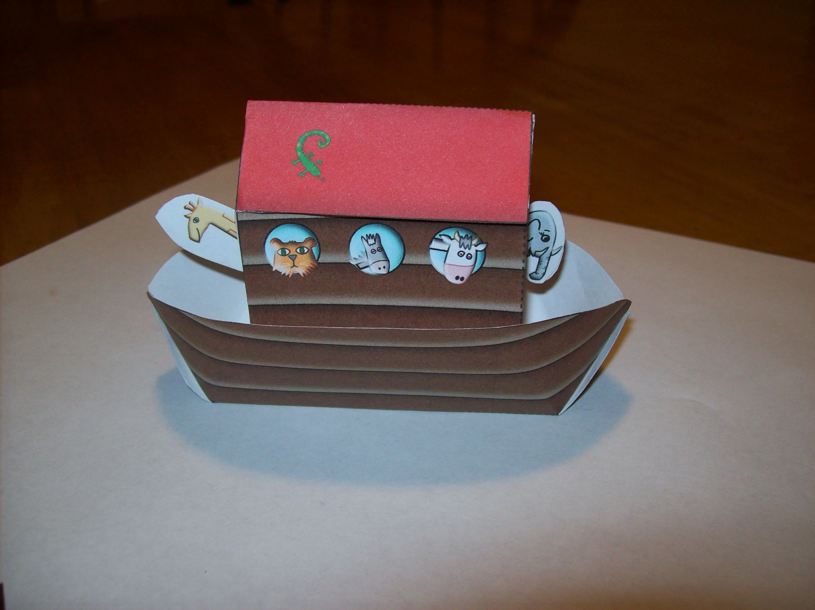 Noah s ark craft for kids car train plane boat rocket for The ark of craft