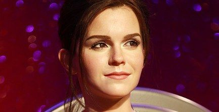 Emma Watson Wax Figure Debuts At Madame Tussauds Is Waiting For Your Kisses Madame Tussauds Tussauds Emma Watson