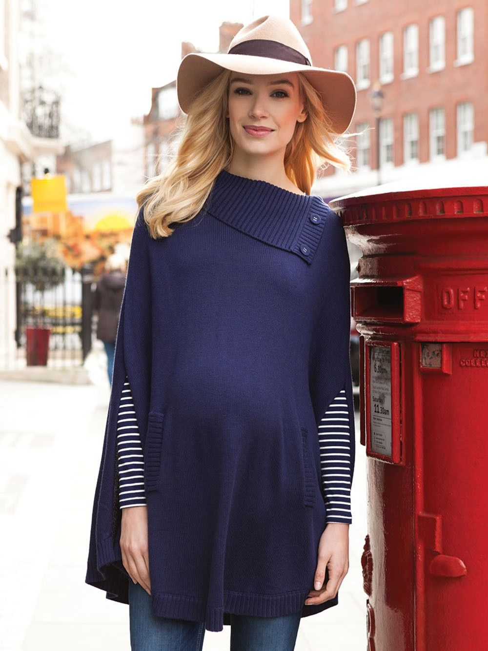 06c392fe9bf9c Navy Maternity Cape | WEAR / Pregnancy Style | Navy sweaters ...