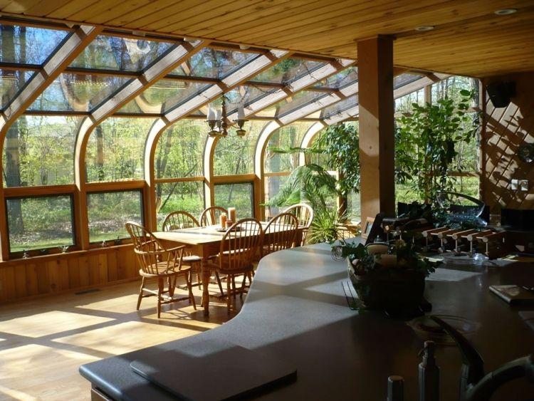 wintergarten-holz-selber-bauen-tipps-glasdach-verglasung-gewoelbt ...