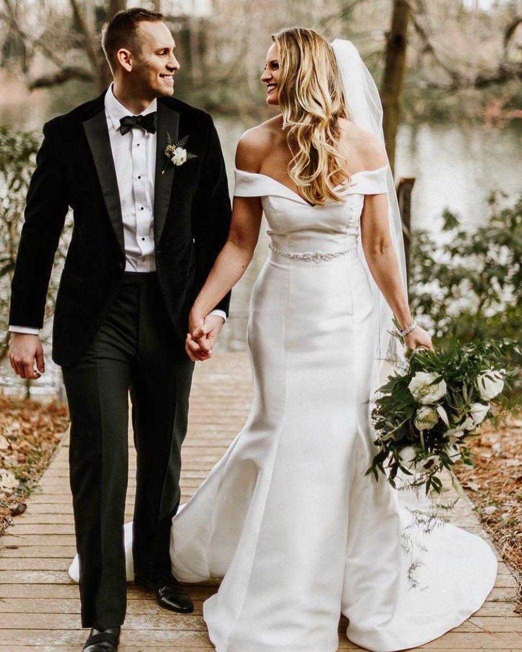 Josie By Rebecca Ingram Wedding Dresses And Accessories Wedding Dresses Simple Wedding Gowns Classic Wedding Dress [ 1306 x 1045 Pixel ]