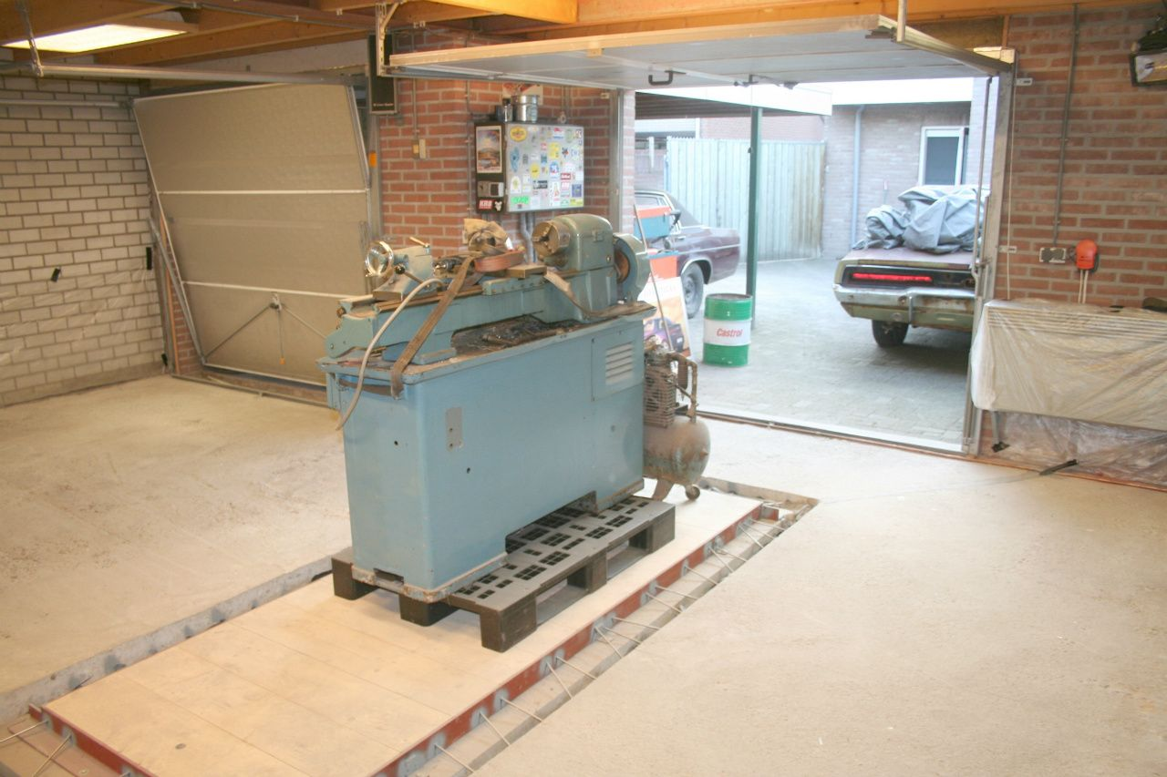 Grease Pit - www.69charger.nl   Grube selber Bauen   Pinterest