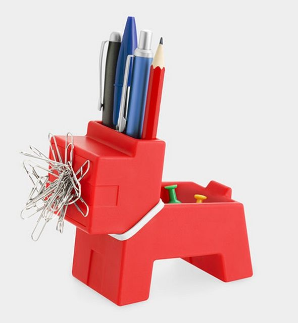 Superieur Doggy Supply Organizer (MOMA)