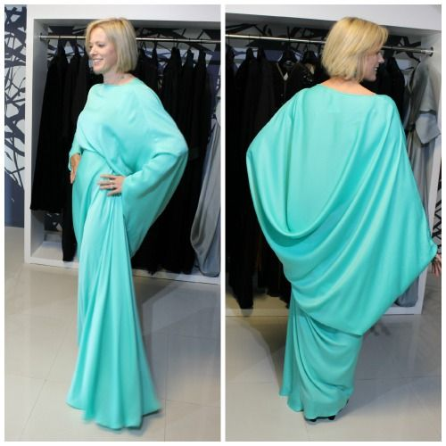 No Ordinary Dress | Inside Out Style - this dress from DAS collection is amazing and so flattering
