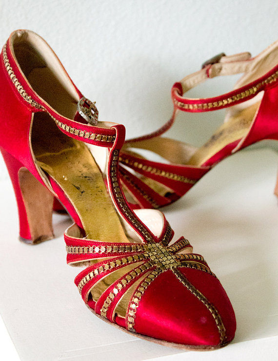 Red Satin Shoes - 1930's - @~ Mlle