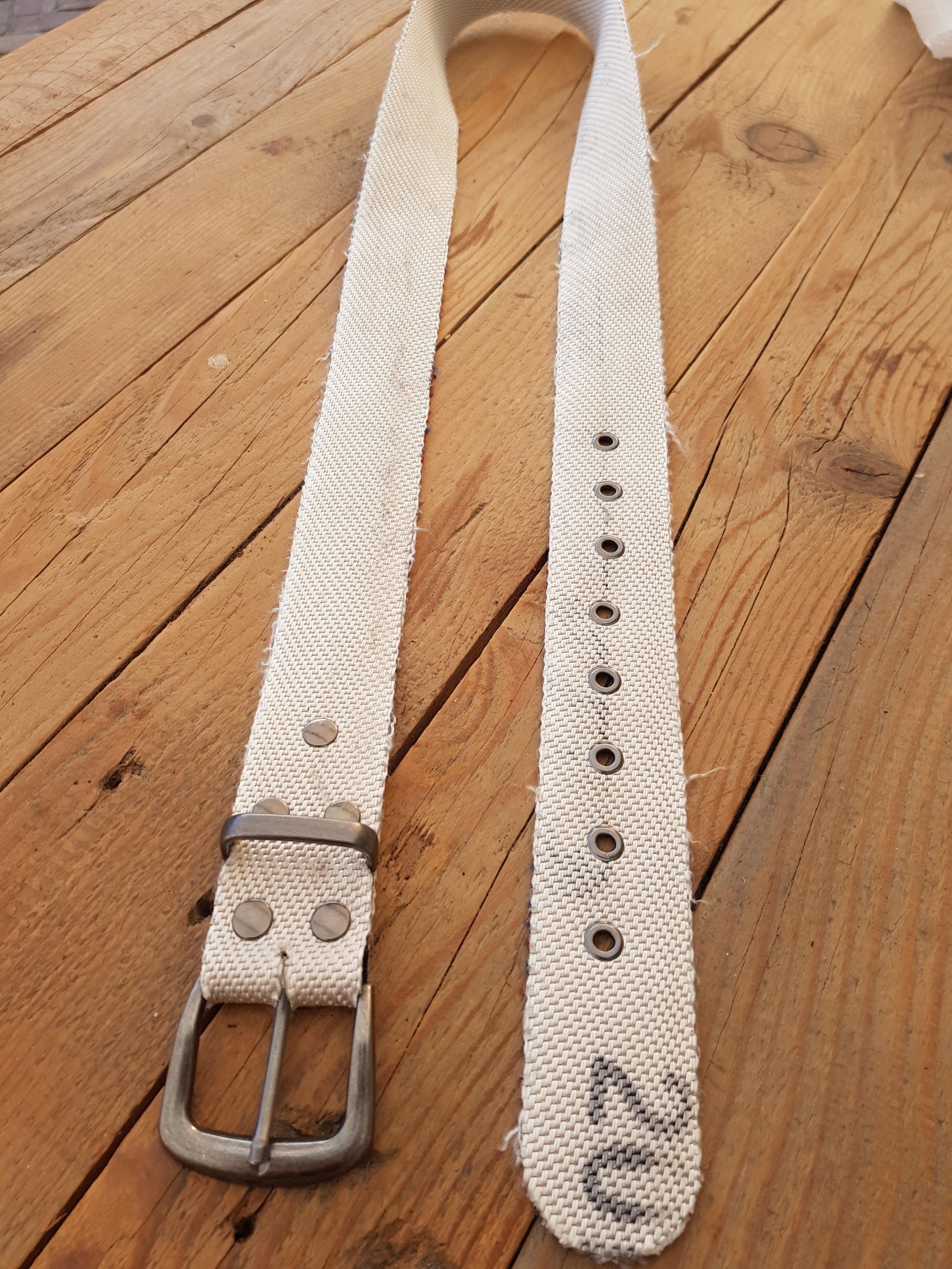 NEW ARRIVAL @MY SHOP  Rough belt made of white firehose. http://etsy.me/2DIVJh6 #accessoires #riem #wit #belt #firefighter #firehose #brandweer #raw #ruig #Feuerwehr