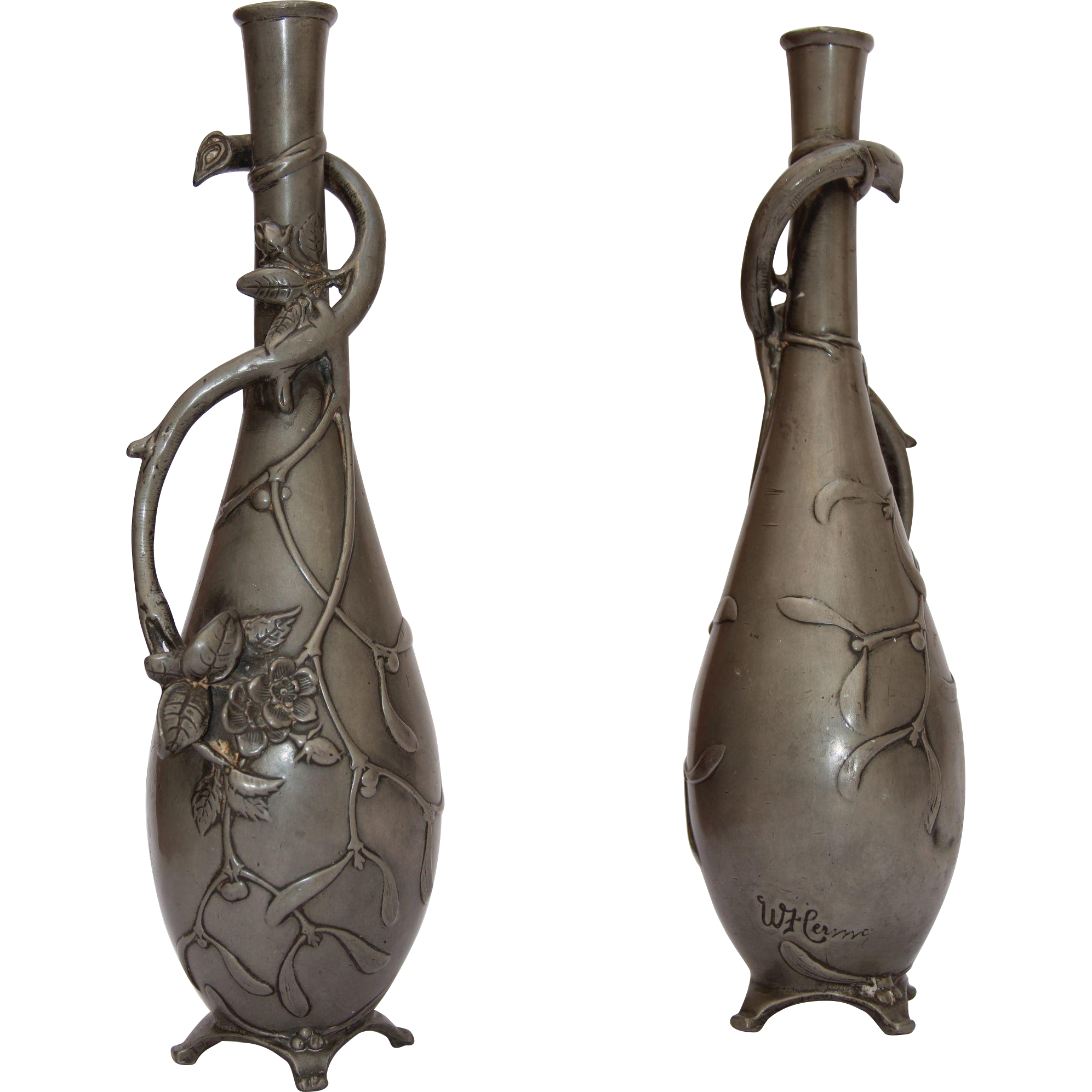A Truly Stunning And Rare Antique Art Nouveau Pewter Vase The Piece Features Intricate Wild Roses Vines And Mistl Antique Art Art Nouveau Art Nouveau Design