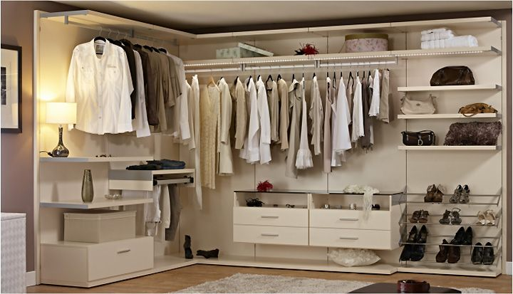 Open Plan Men S Wardrobe Design