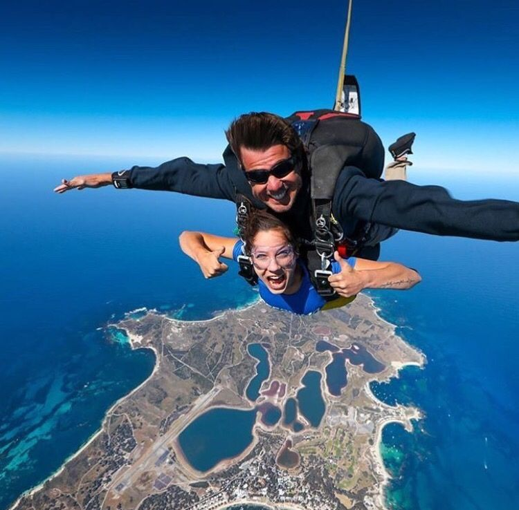 If you are visiting Perth why not experience skydiving over the stunning Rottnest Island! Image: Skydive.geronimo… | Western australia. Perth ...