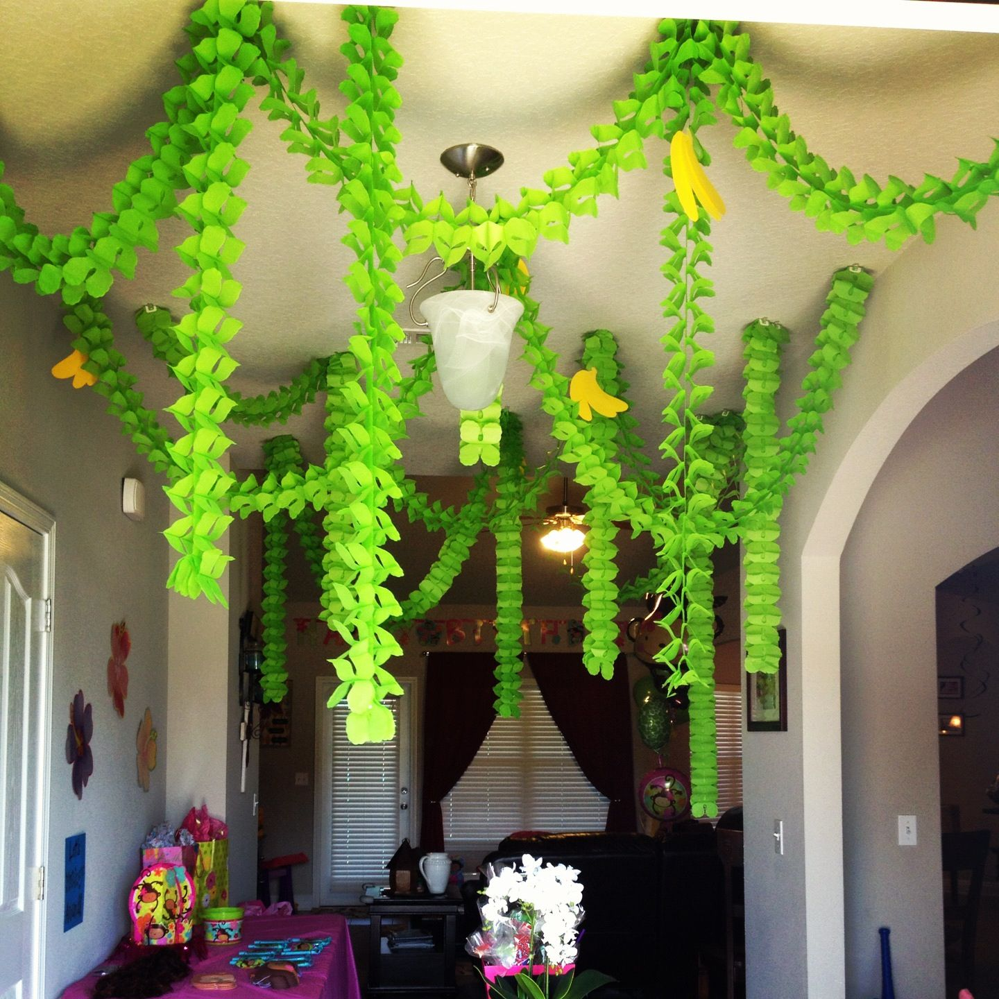 inspiration party jungle decor real for pin pieces triplets blog a decorations