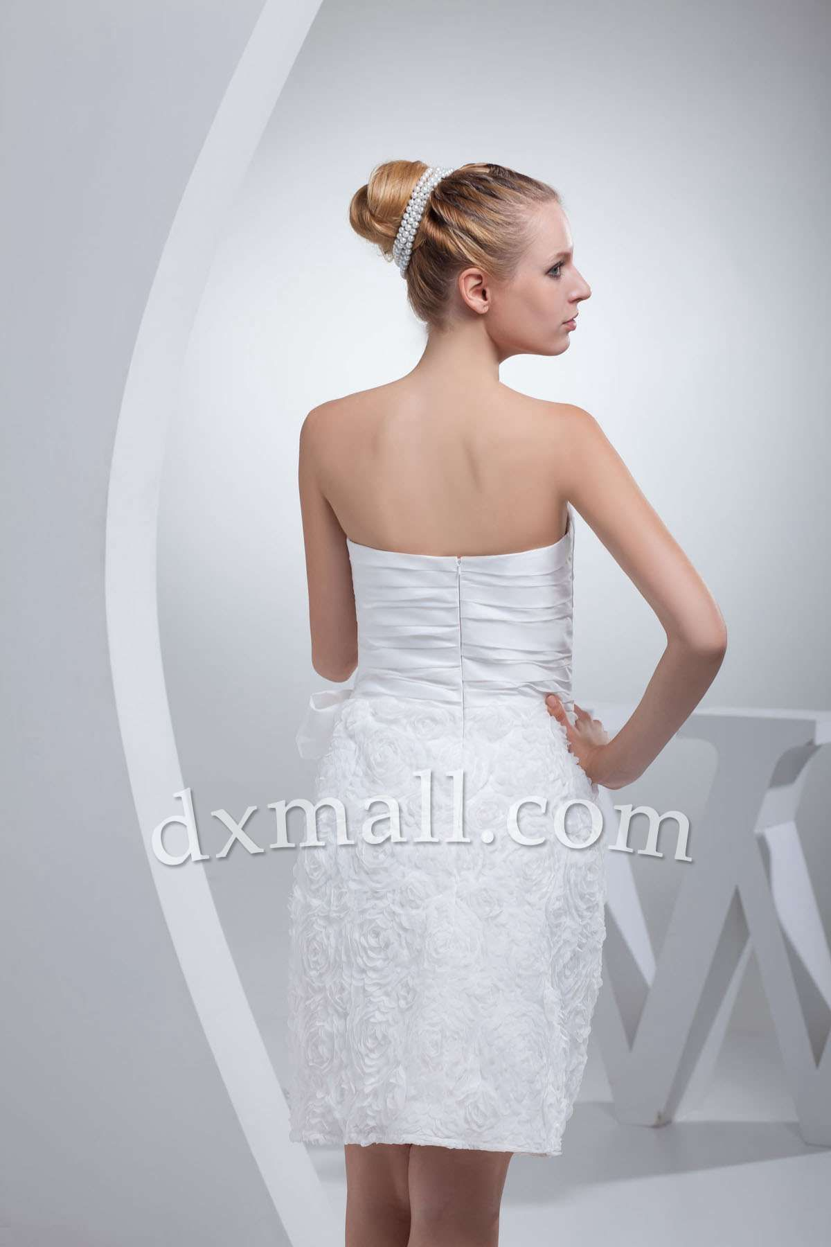 Mini white wedding dress  Aline Wedding Dresses Strapless ShortMini Lace Taffeta White