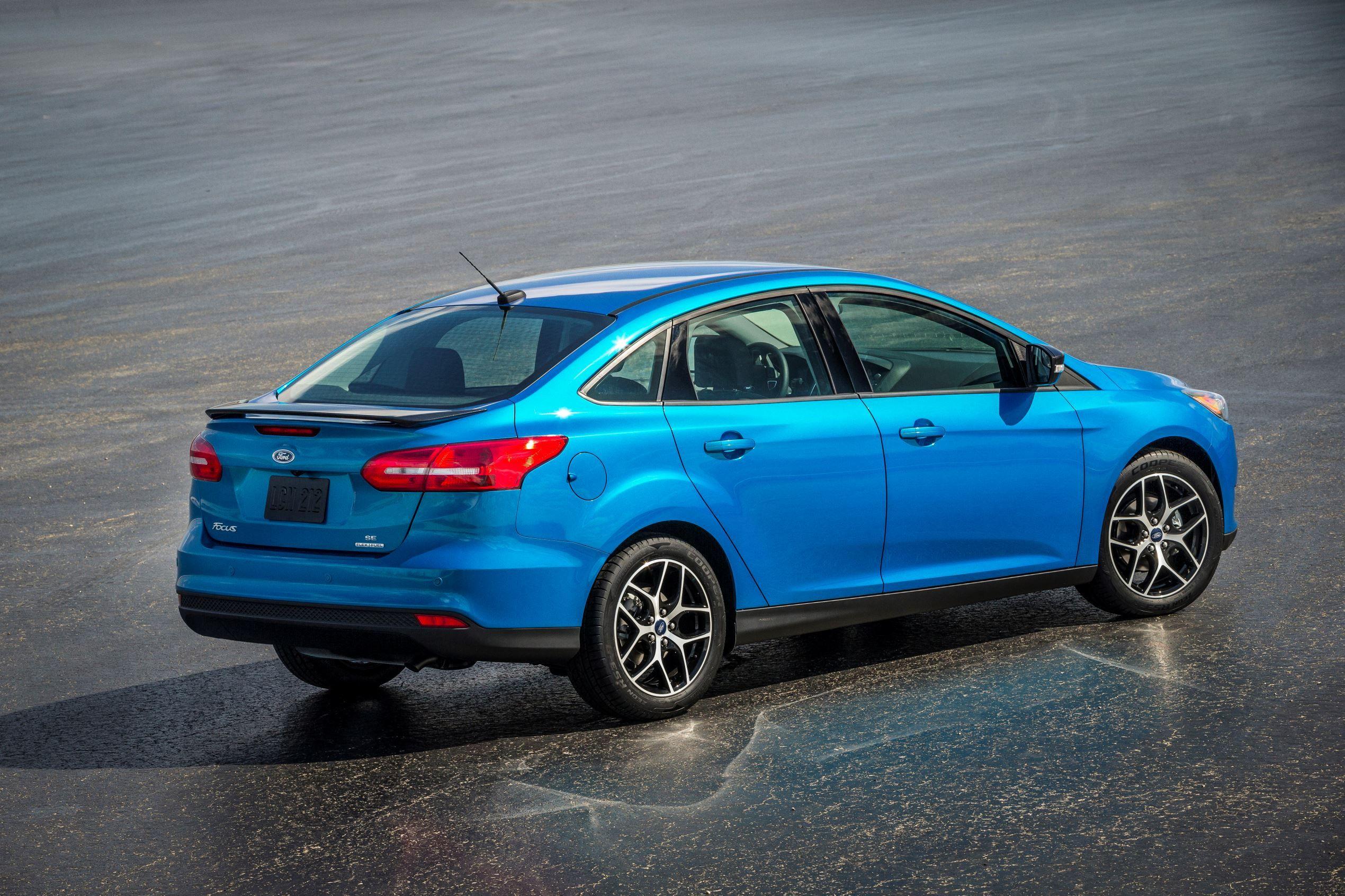 Highest Scoring American Vehicles Ford Focus Ford Focus Sedan Compare Cars
