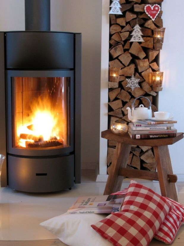 4 advent vor dem kamin von oceanside weihnachten pinterest stove modern wood burning. Black Bedroom Furniture Sets. Home Design Ideas