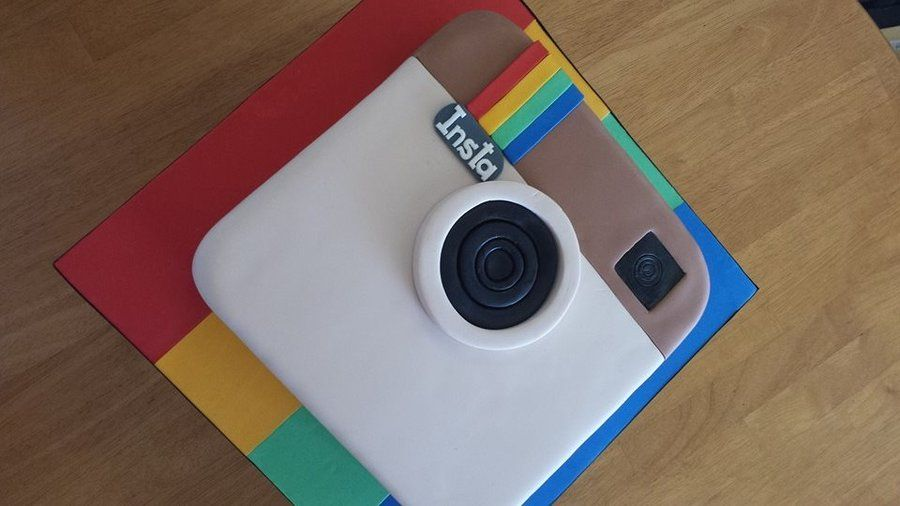 Instagram - by WhoWantsCake @ CakesDecor.com - cake decorating website