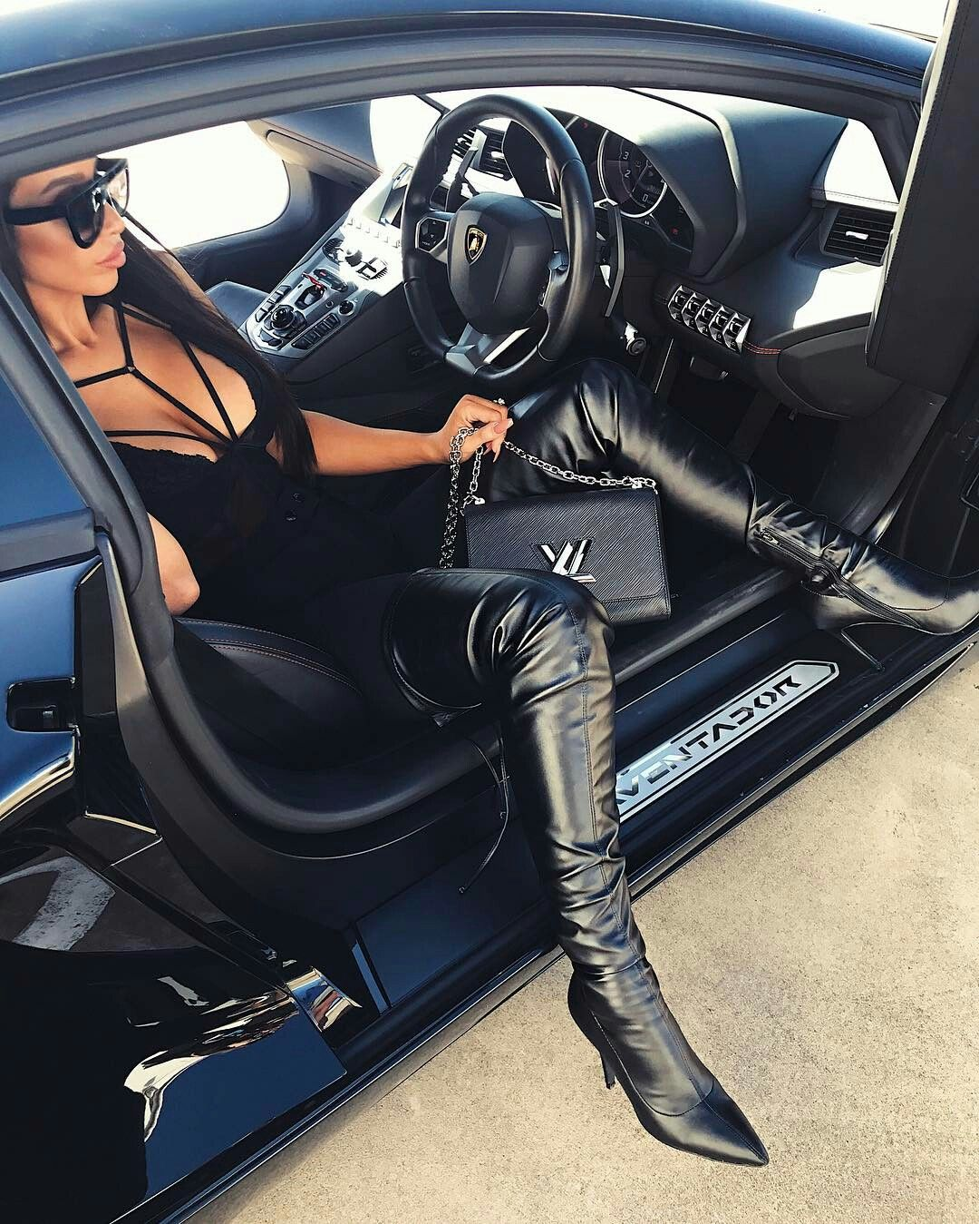 Pin By Xiomara Miranda On Car Poses In 2020 Boots Leather Boots Leather