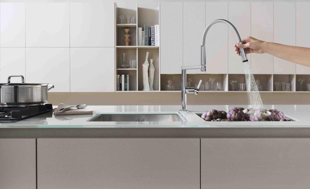 INTUIZIONE CREATIVA, EQUILIBRIO FORMALE E INNOVAZIONE TECNOLOGICA: questa è la #collezione #Move di #Teknobili. Con il suo #design minimalista ed elegante, #Move è l'unico rubinetto al mondo con centro di rotazione anteriore! Scopri tutti i dettagli!http://www.bluwom-milano.com/…/collezione-move-di-teknobili/